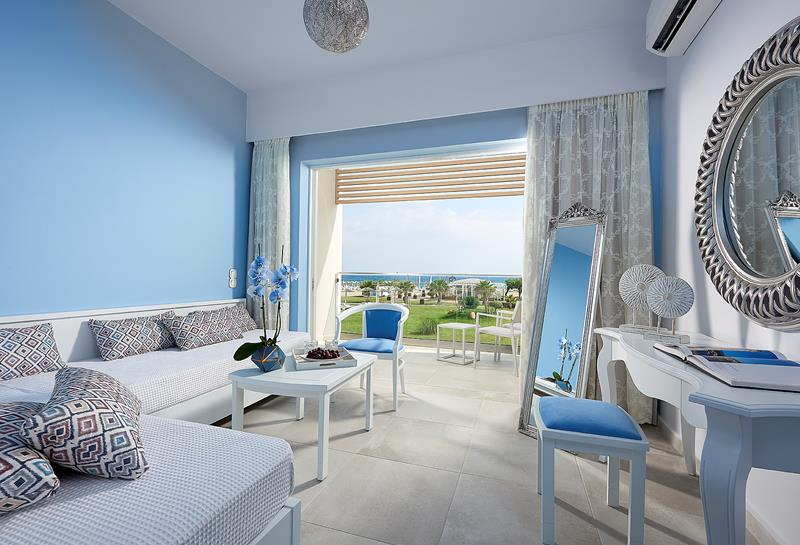 MYTHOS JUNIOR SUITE BEACH FRONT